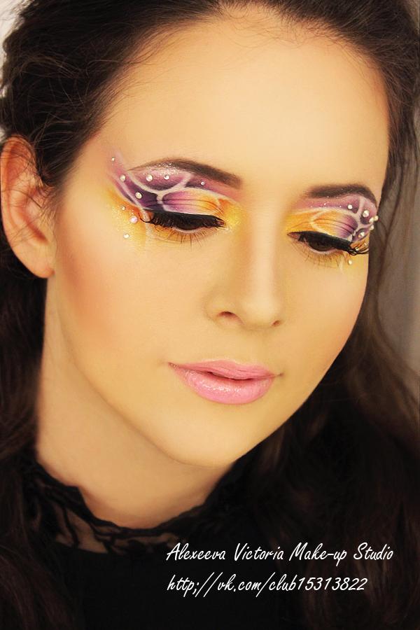макияж на акварели