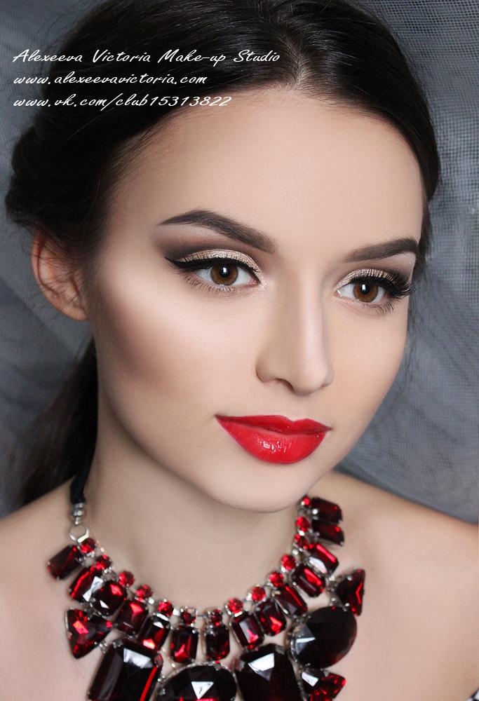 карандашная техника ретро макияж