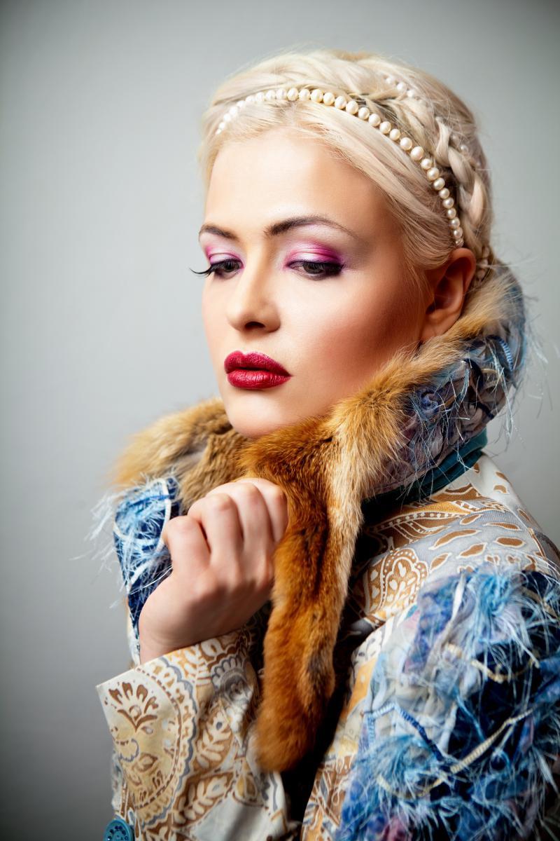 "ШКОЛА КРАСОТЫ ""М.АРТ"" (уроки макияжа 2012)"