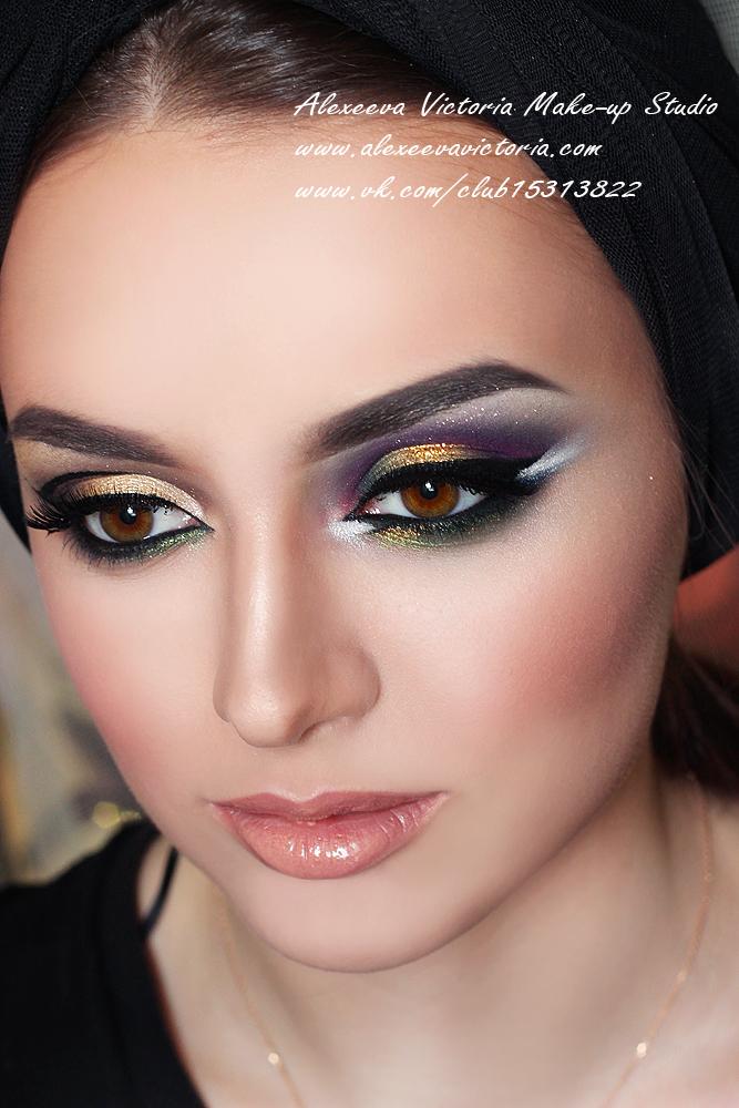арабский макияж в карандашной технике