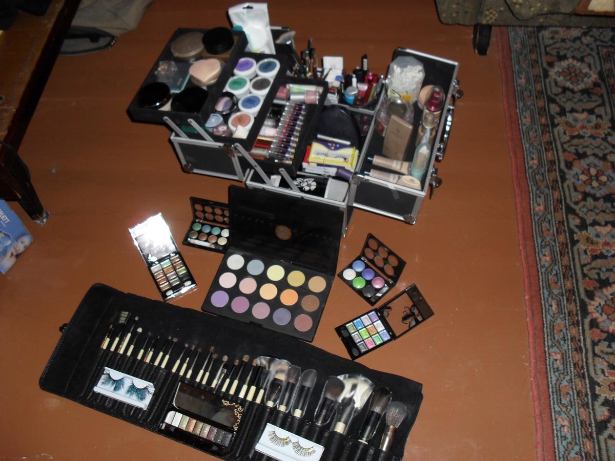 Профессиональные приборы для визажистов, Инструменты для макияжа: список самых необходимых 20 фотография